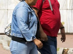 Marriage and divorce trigger major weight gain in men and women, new study finds. Image via nydailynews.com