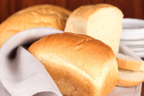 White bread is nothing but simple carbohydrate and lacks in fiber, vitamins and minerals.