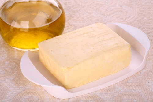 You have seen advertisements that promote margarine as a 'healthier' substitute to butter as it has fewer calories.