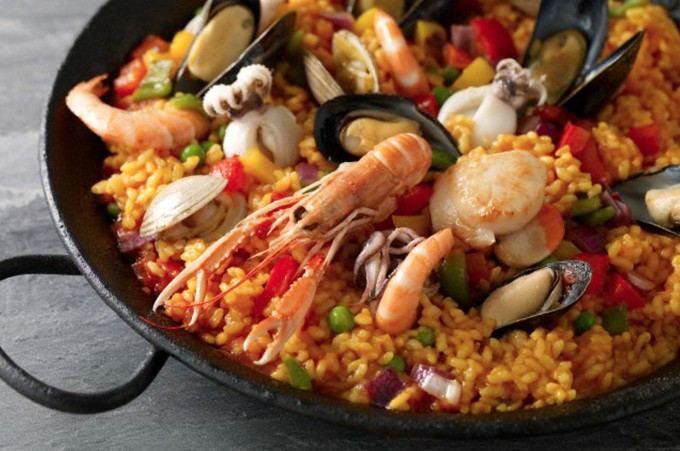 The Ultimate Paella Image via www.paellastruntrunltd.com