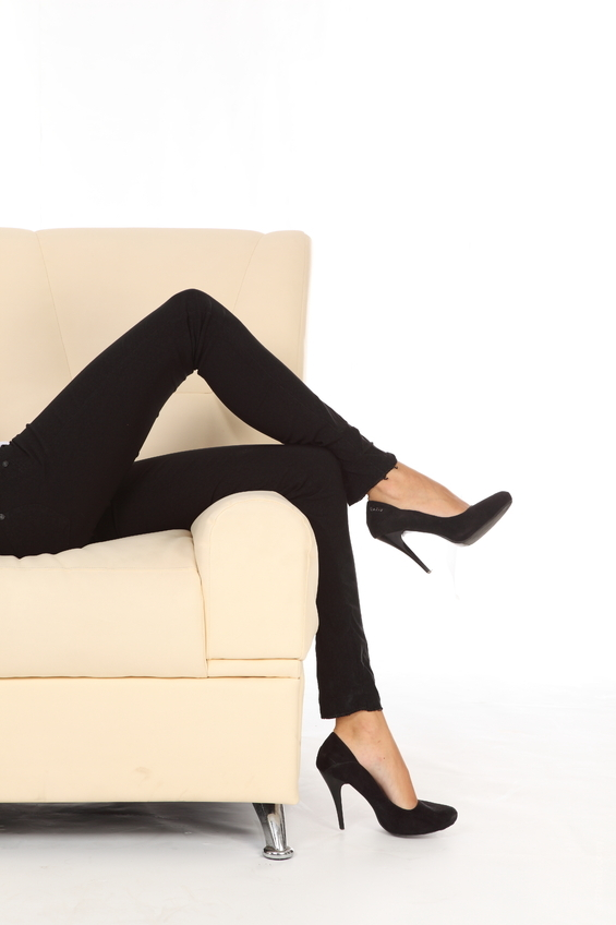 Don't let fashion trends like high heels cost you your health. Look at us. From skinny, super tight denims to pointed heels, we have allowed fashion to rule us; so what if they aren't comfortable.