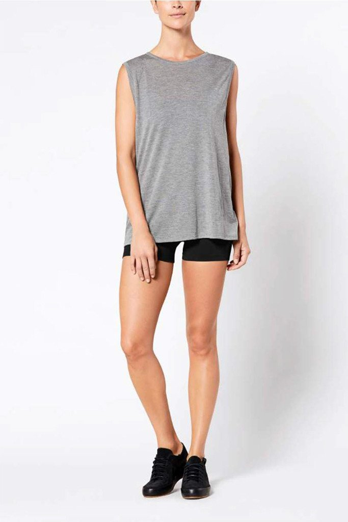 linear-muscle-tee-grey_1024x1024