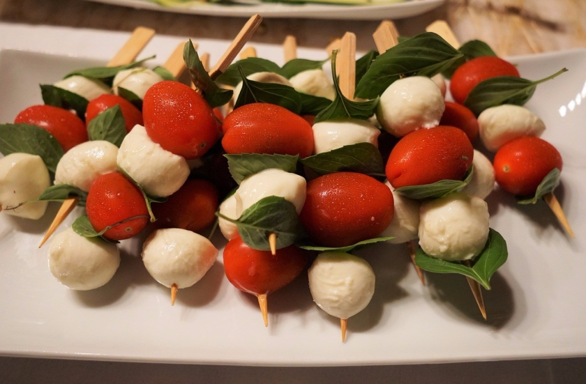 No-Grill Tomato, Basil and Mozzarella Skewers