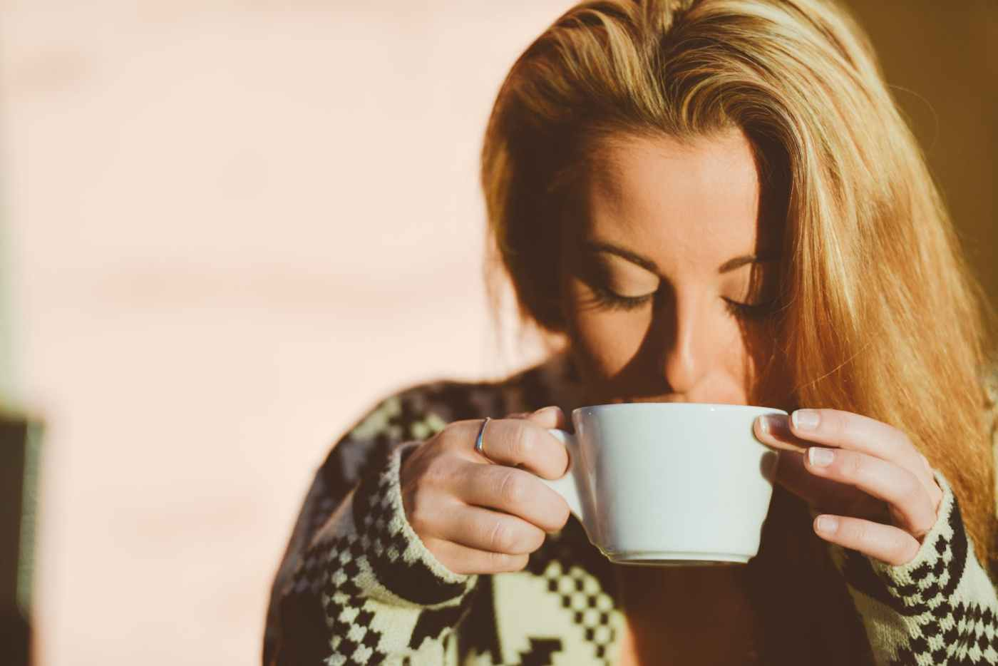 person-woman-coffee-cup.jpg