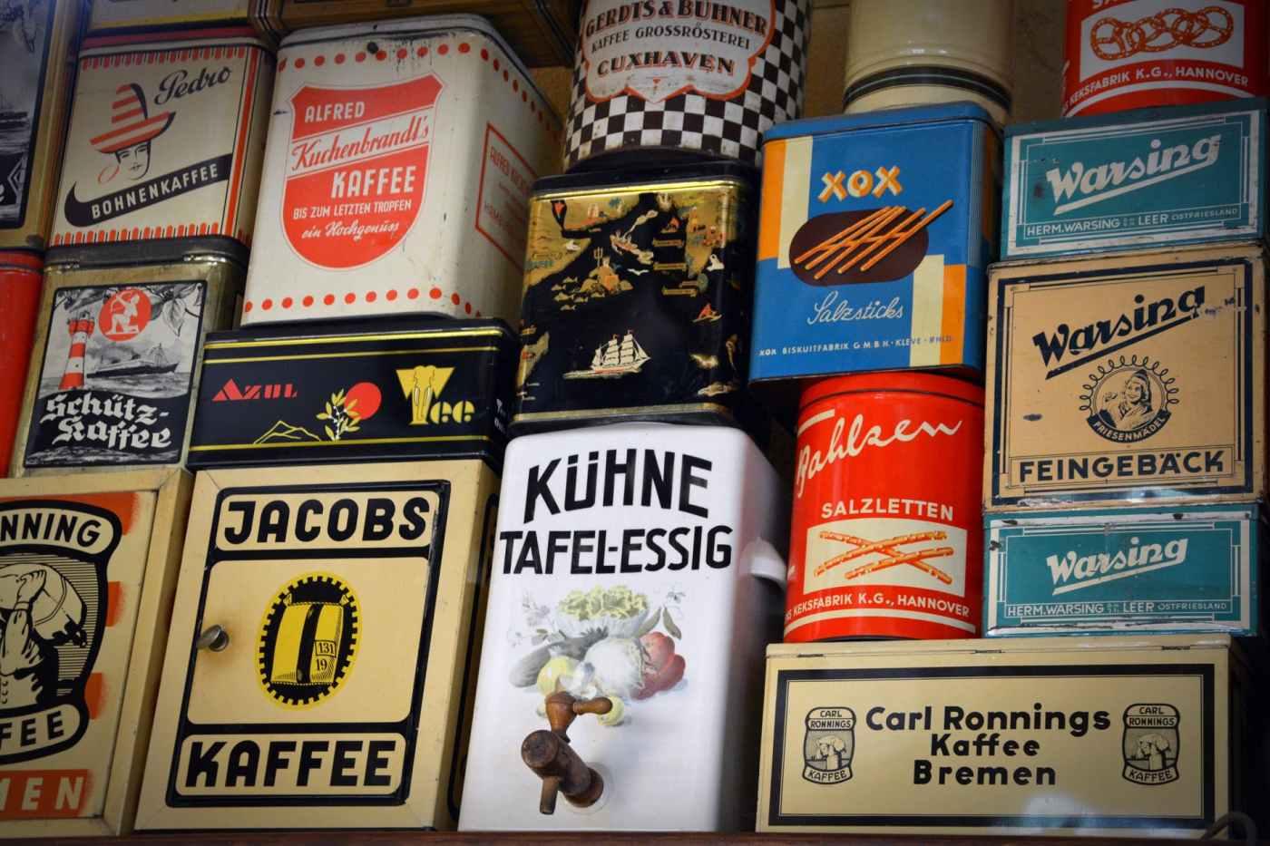 sale-shelf-old-cans-food-162927.jpeg