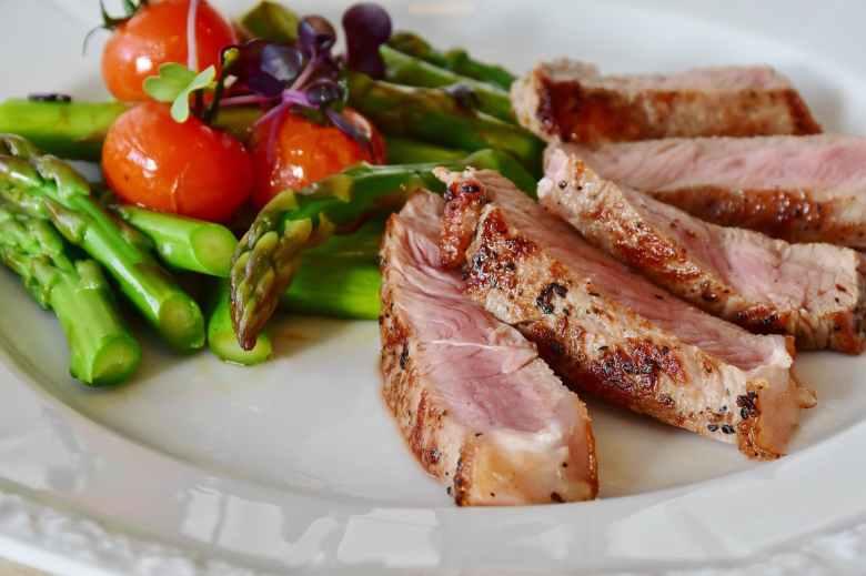 asparagus-steak-veal-steak-veal-361184.jpeg