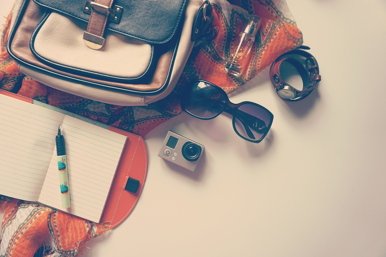 Love To Travel? Then You Need To Invest In These Fabulous Gadgets