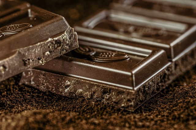 Dairy-Free Chocolates Are So Much Healthier! Here's How To Choose The Right Ones