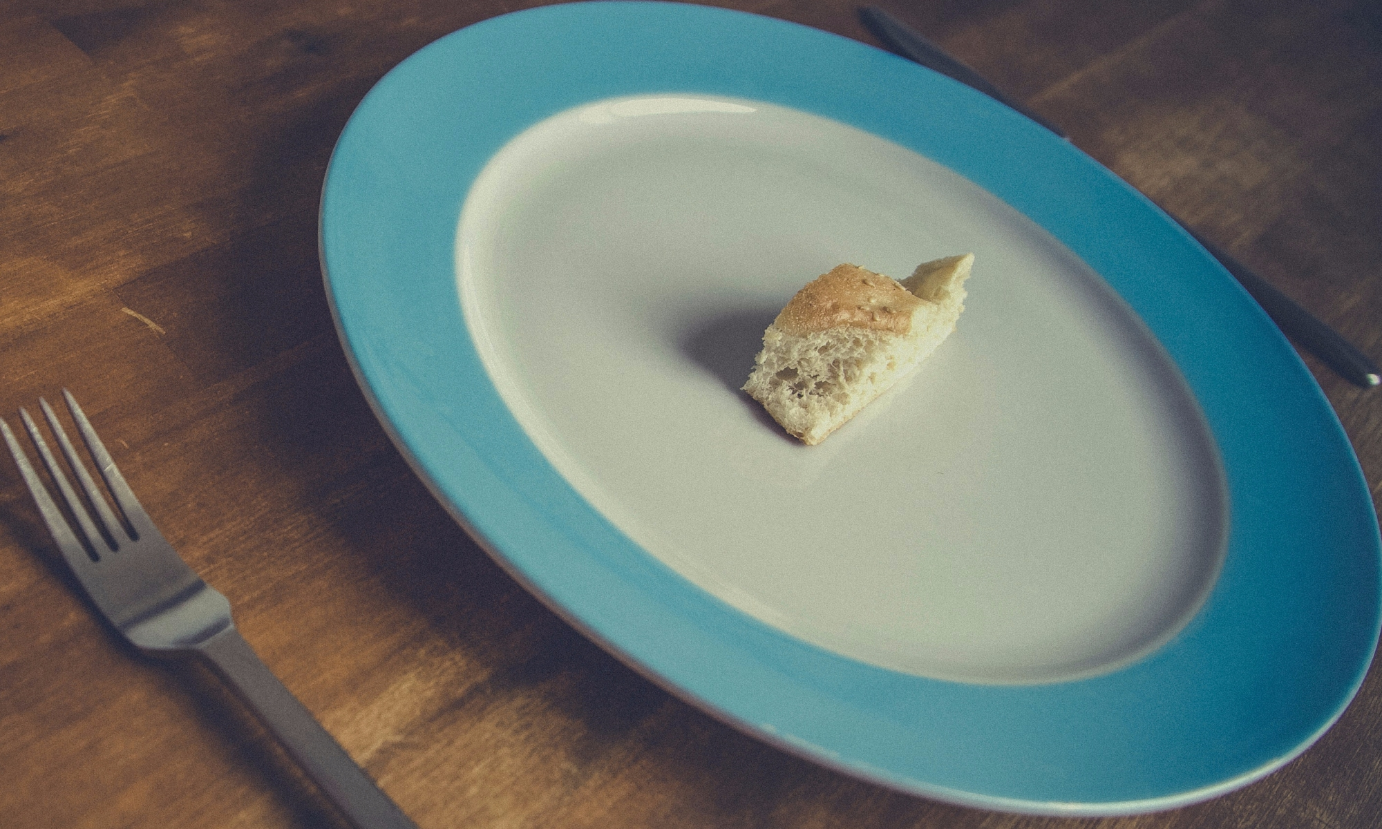 Can Eating Too Little Cause Weight Gain?