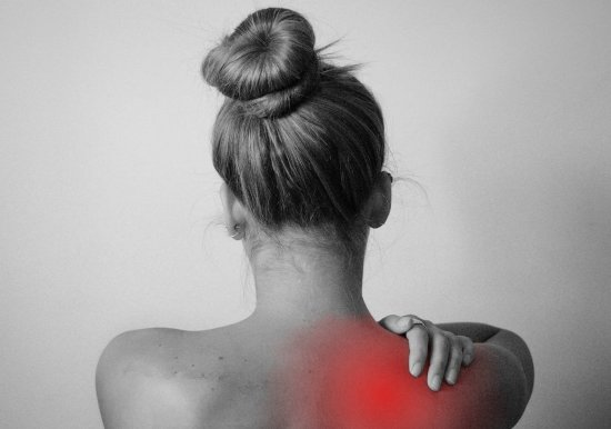 The Best Stretches For Painfully Stiff Neck And Shoulder